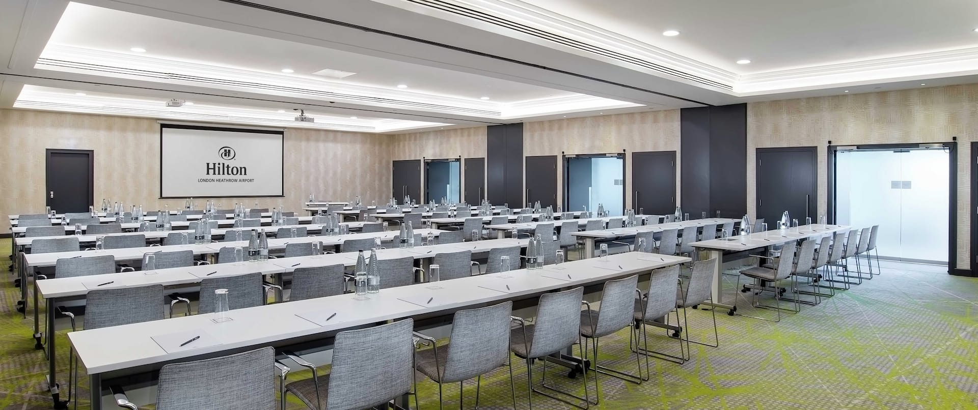 Large Meeting Room with Projection Screeen