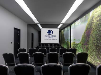 Ouro Meeting Room Set up Theatre