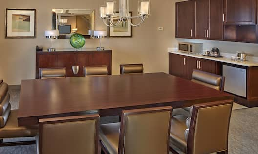 Presidential Living Area Table