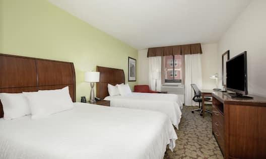 Double Queen Suite Guest Beds