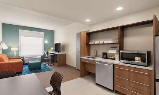 Accessible King One Bedroom Suite