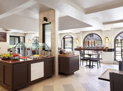 Complimentary Breakfast Bar and Dining Area