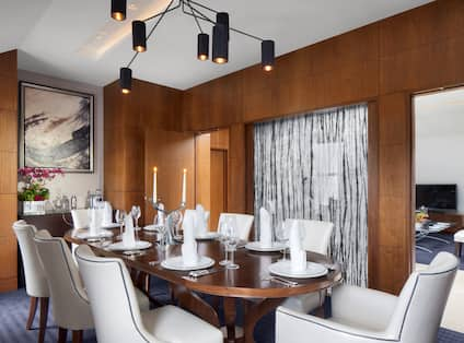 Westminster Suite Dining Area
