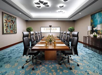Chequers Boardroom