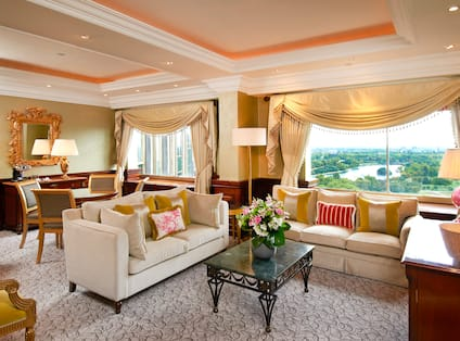 Balmoral Suite Lounge