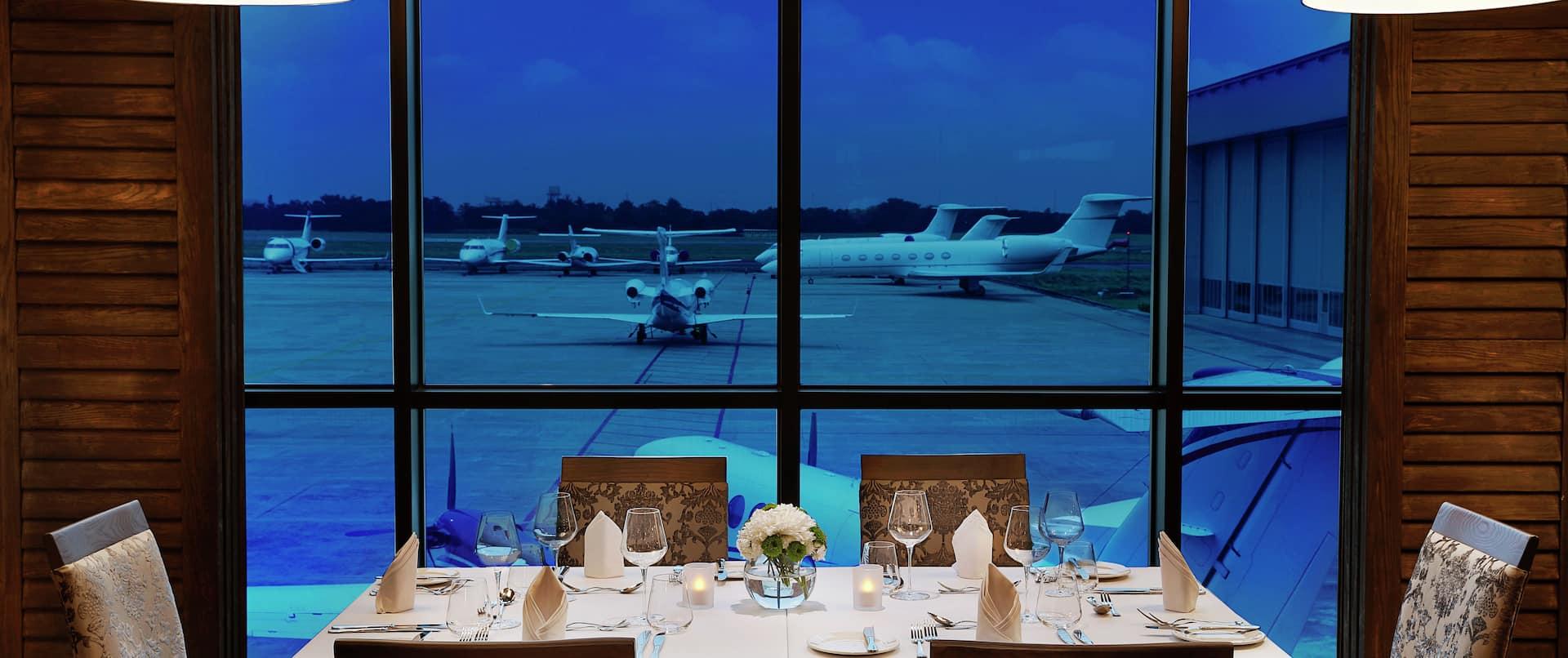 Restaurant Dining Table
