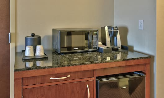 Accessible Guestroom Amenities Coffee and Appliances