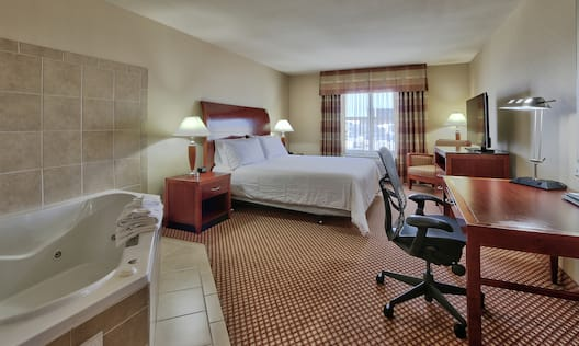 Single King Guestroom with Whirlpool Tub