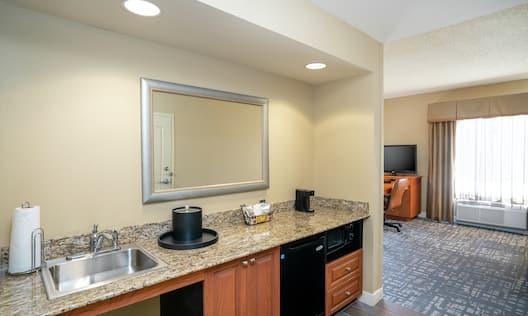 Accessible Guestroom Suite