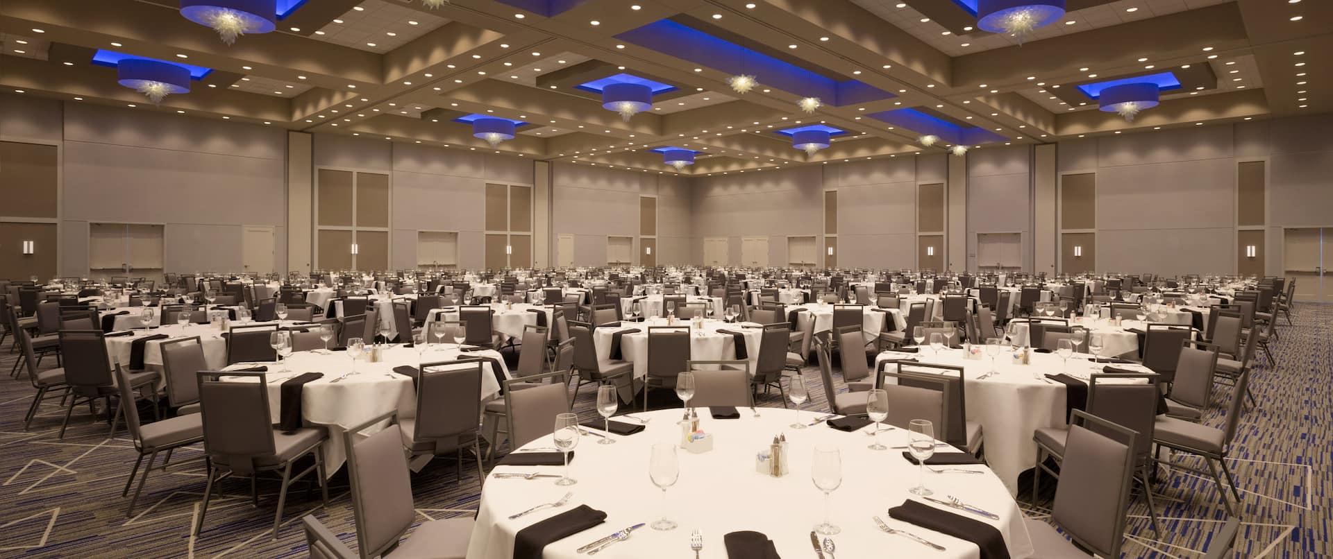 Meeting Room Banquet Set Up