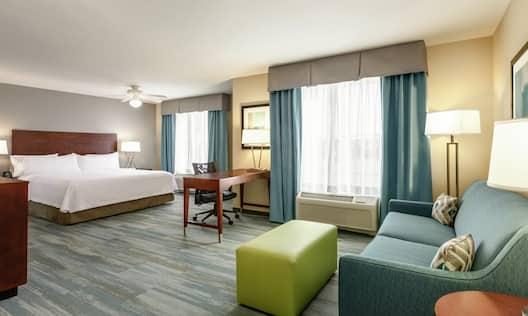Accessible King Guestroom Suite