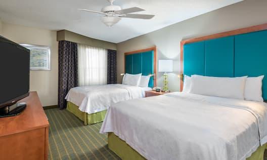 Accessible Double Queen Guestroom Bedroom