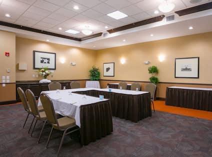 Meeting Room U-Shape Table Layout