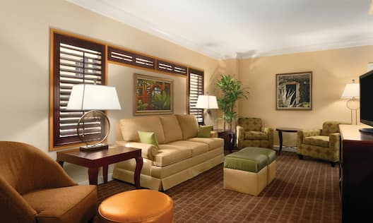 Hospitality Suite Guestroom Living Room