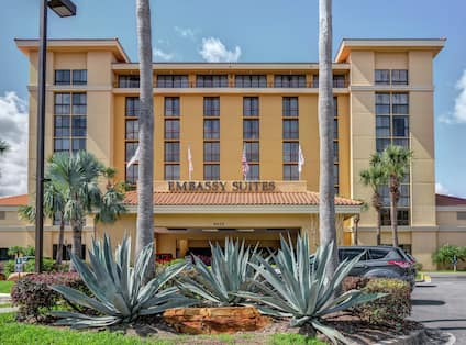 Square Front View of Embassy Suites Orlando, Daytime
