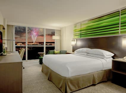 King Guestroom with Universal Night View