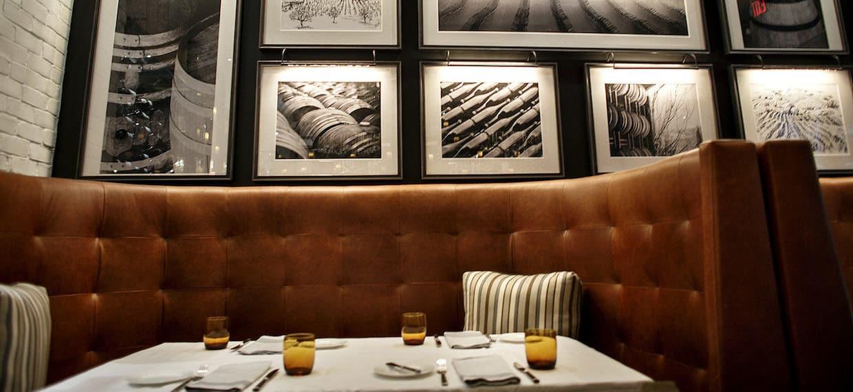 Restaurant seating
