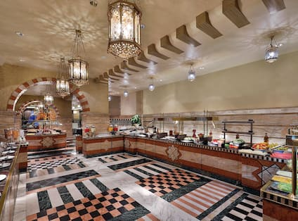 Savor Oriental and international cuisine as you take in views of the Holy prophet?s Masijid