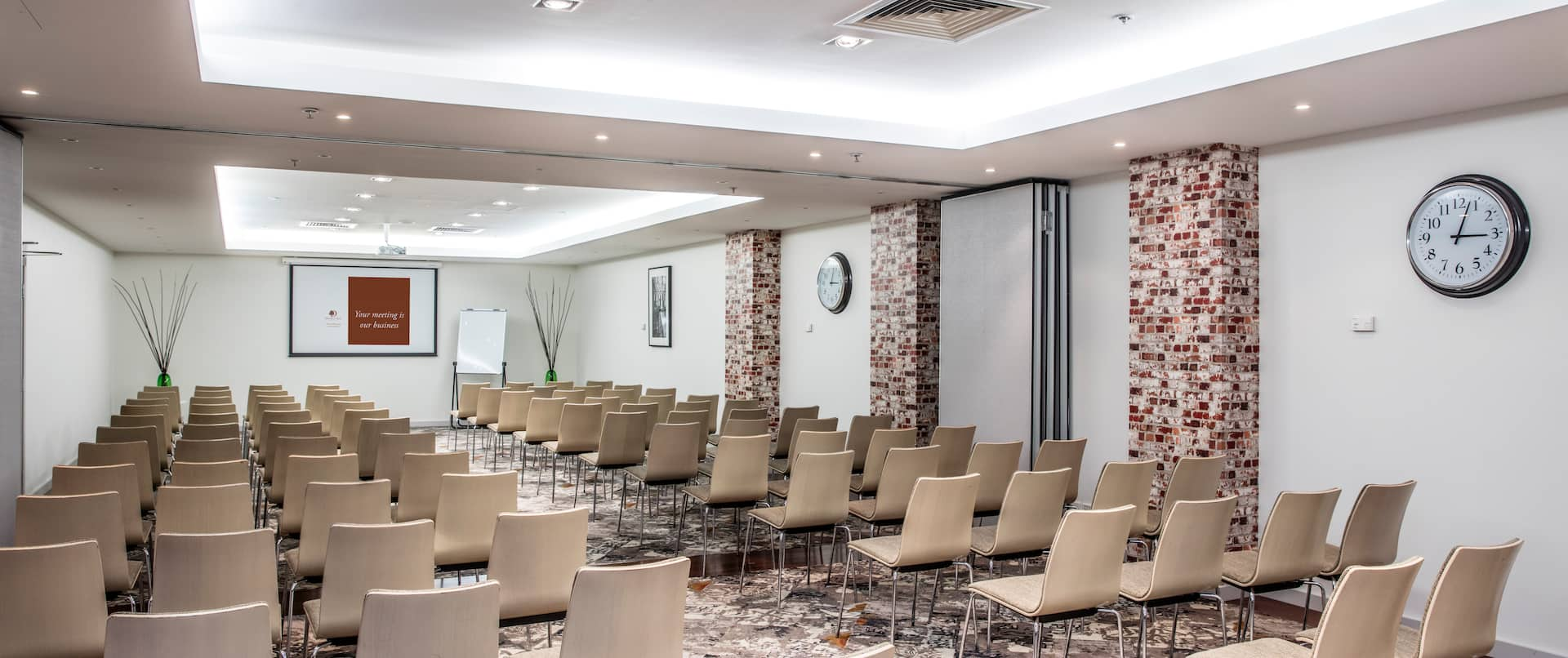 Meeting Room Theatre