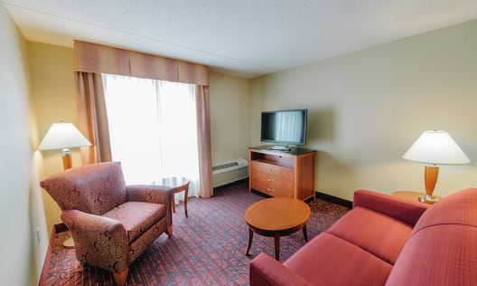 Accessible Junior Suite Seating Area