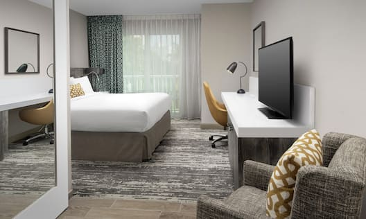Accessible Guest Room with King Bed and TV