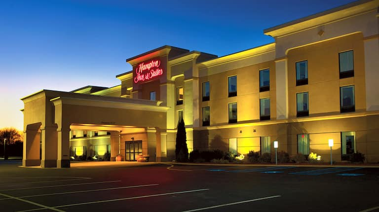 Hampton Inn And Suites Lamar Pa Hotels Near Penn State Institute for luxury home marketing. hampton inn and suites lamar pa hotels