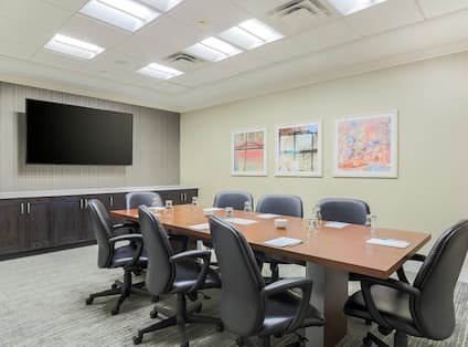 Boardroom with Seats for 10 Guests