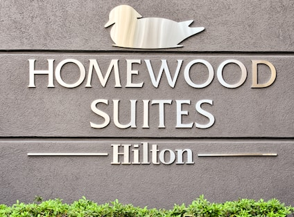Homewood Suites by Hilton Sign