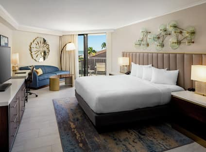 King Guest Room with Partial Ocean View