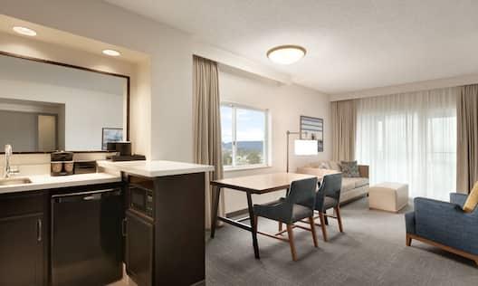 King Corner Suite