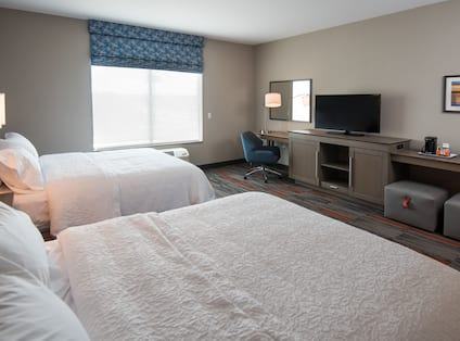 Two Queen Beds Room with HDTV