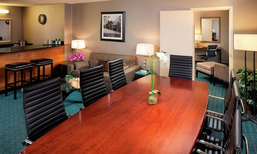 Dining Room Area of King Presidential Suite