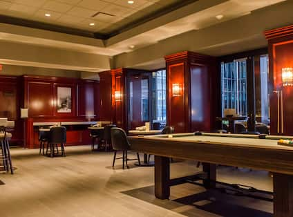 Jolliet House Social Club with Pool Table