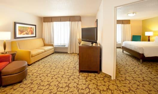 1 King Bed Corner Suite