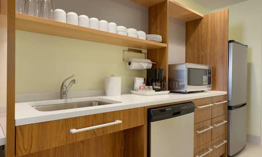 Queen Accessible Studio Kitchen