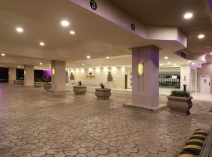 Hotel Exterior Front Entrance