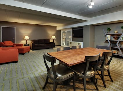 Master Suite Living and Dining Area