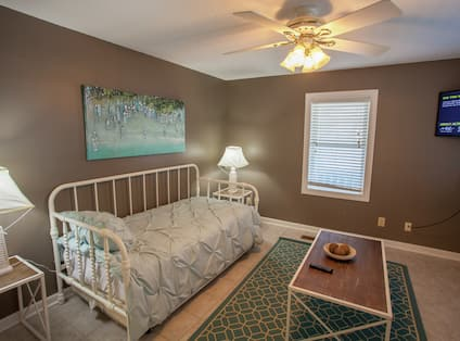 Magnolia House Downstairs Bedroom - 1 Twin with 1 Twin Trundle