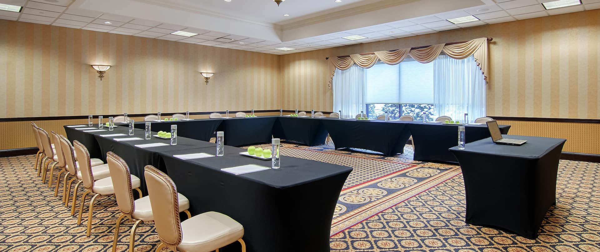 DoubleTree Hotel Meeting Room with Tables and Chairs