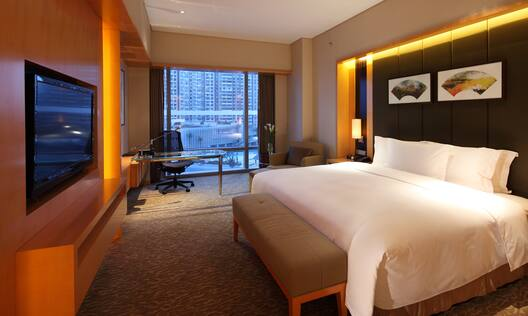 Accessible Room - King-Sized Bed and Desk