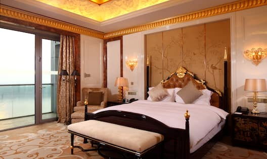 Presidential Suite - Bedroom with King-Sized Bed