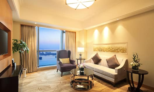 One Bedroom Suite with River View