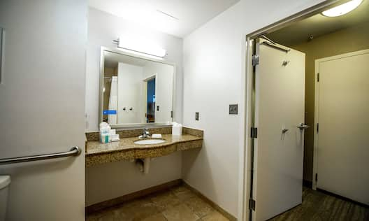 Two Queen Accessible Room w/ Roll In Shower
