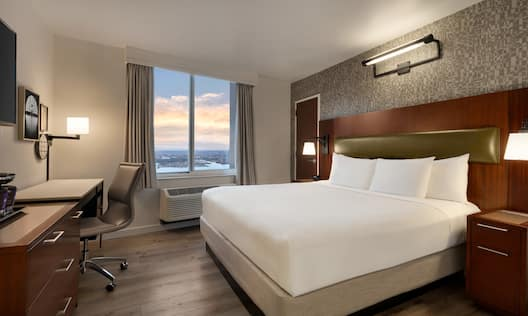 King Bed with River View