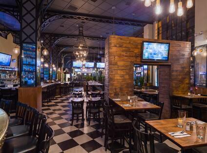 AOA Restaurant Tables