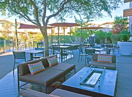 Table 29 Bistro & Bar Fire Pit