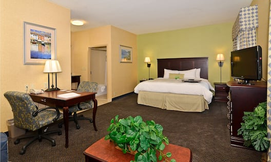 King Suite with Work Desk