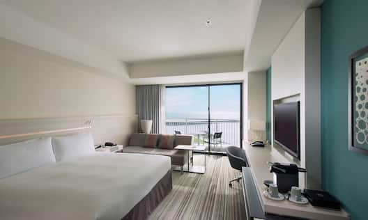 King Executive Ocean View Room with Balcony