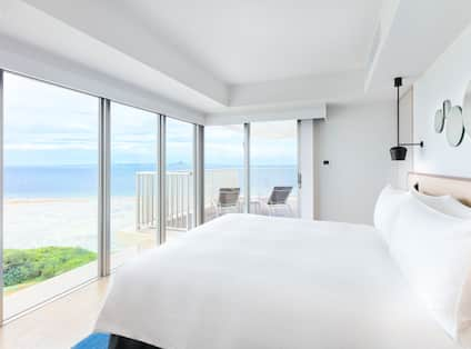 Suite with Large Bed and Ocean View