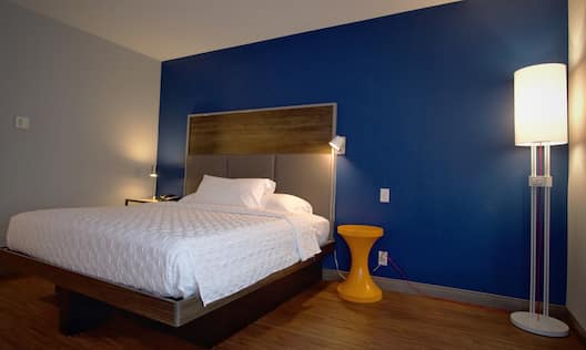 Large Bed in Hotel Guest Room